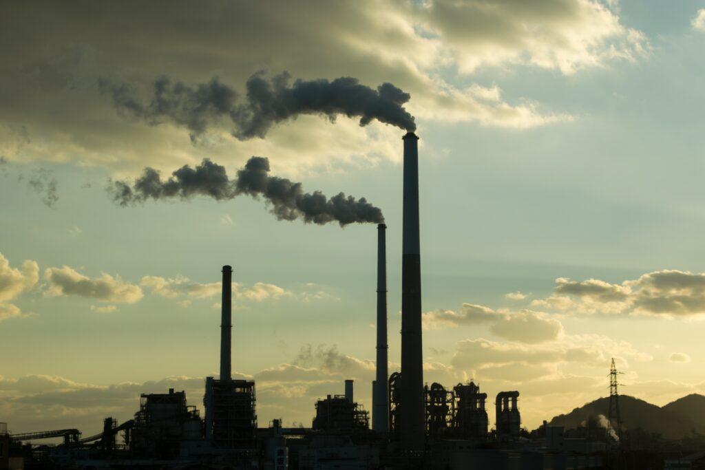気候変動リスク開示義務化へ